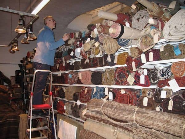 Peter Willborg in his shop in Stockholm 600x450 - Chahar Mahal Va Bakhtiari - Meeting in the Danish Rug Society