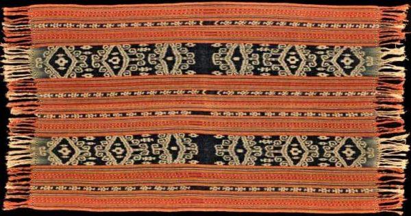 Ikat textile