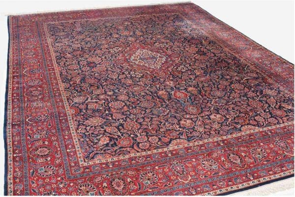 828 Kashan 600x402 - Schuler auction including antique carpets