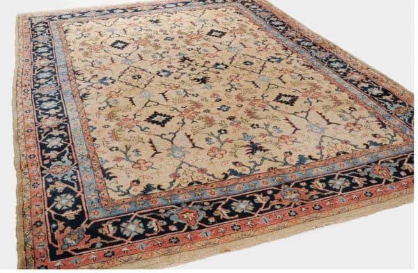 902 Heriz 600x392 - Schuler auction including antique carpets