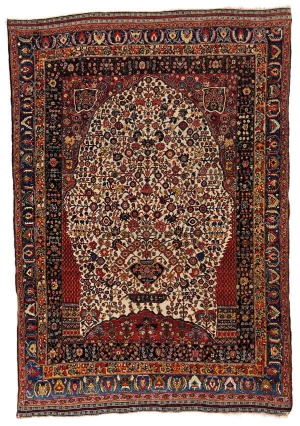 Lot 93. Kashkuli Millefleur 215 x 147 cm Persia, ca. 1880. Estimate € 3000 - 4000