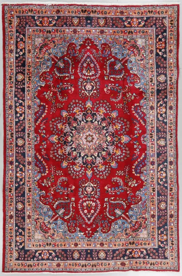 An old Sabzevar carpet 290×198 cm. (Bukowskis 11 August 2016)